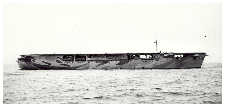 HMS Audacity (délka pouhých 145 m, disponovala 6 letouny Grumman Martlet I)